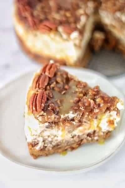 Caramel pecan pie cheesecake