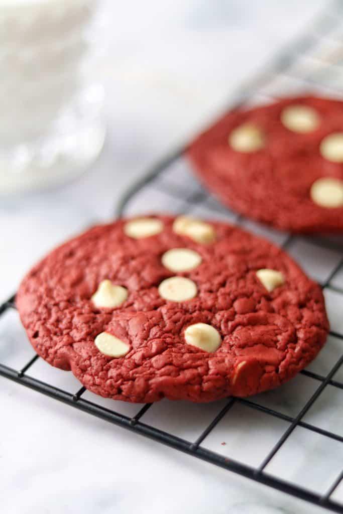 red velvet cookies using cake mix