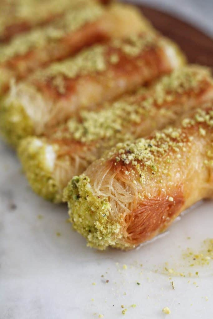 kunafa rolls filled with ashta