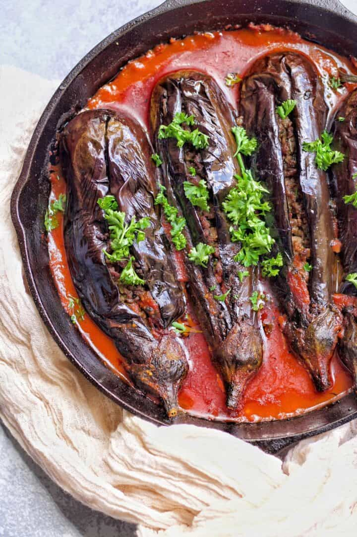 These stuffed eggplants are absolutely delicious.